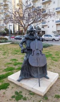 Escultura Bajista Givat Shmuel
